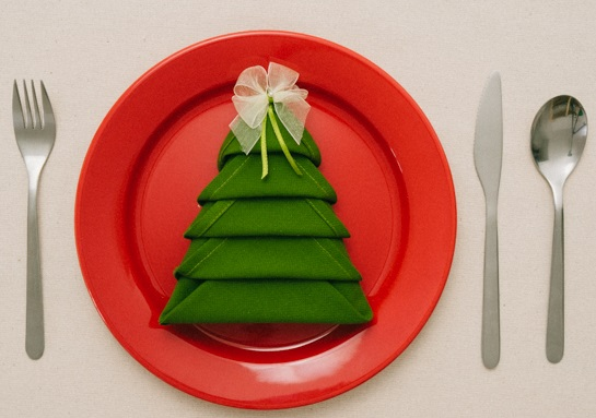 10 Lo-Cal/No-Cal Ideas for Your Christmas Table